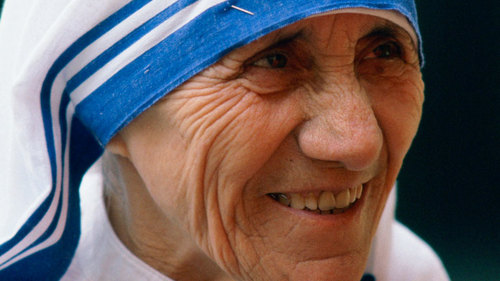 Mother Teresa to be Officially Worshiped by Roman Catholics
